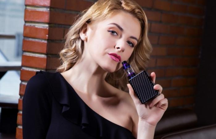 Peut-on emporter une cigarette électronique pendant un voyage en avion ?